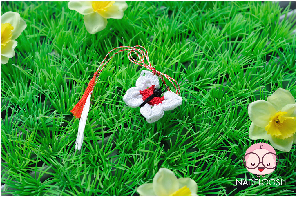 martisor-crosetat-fluturas-alb